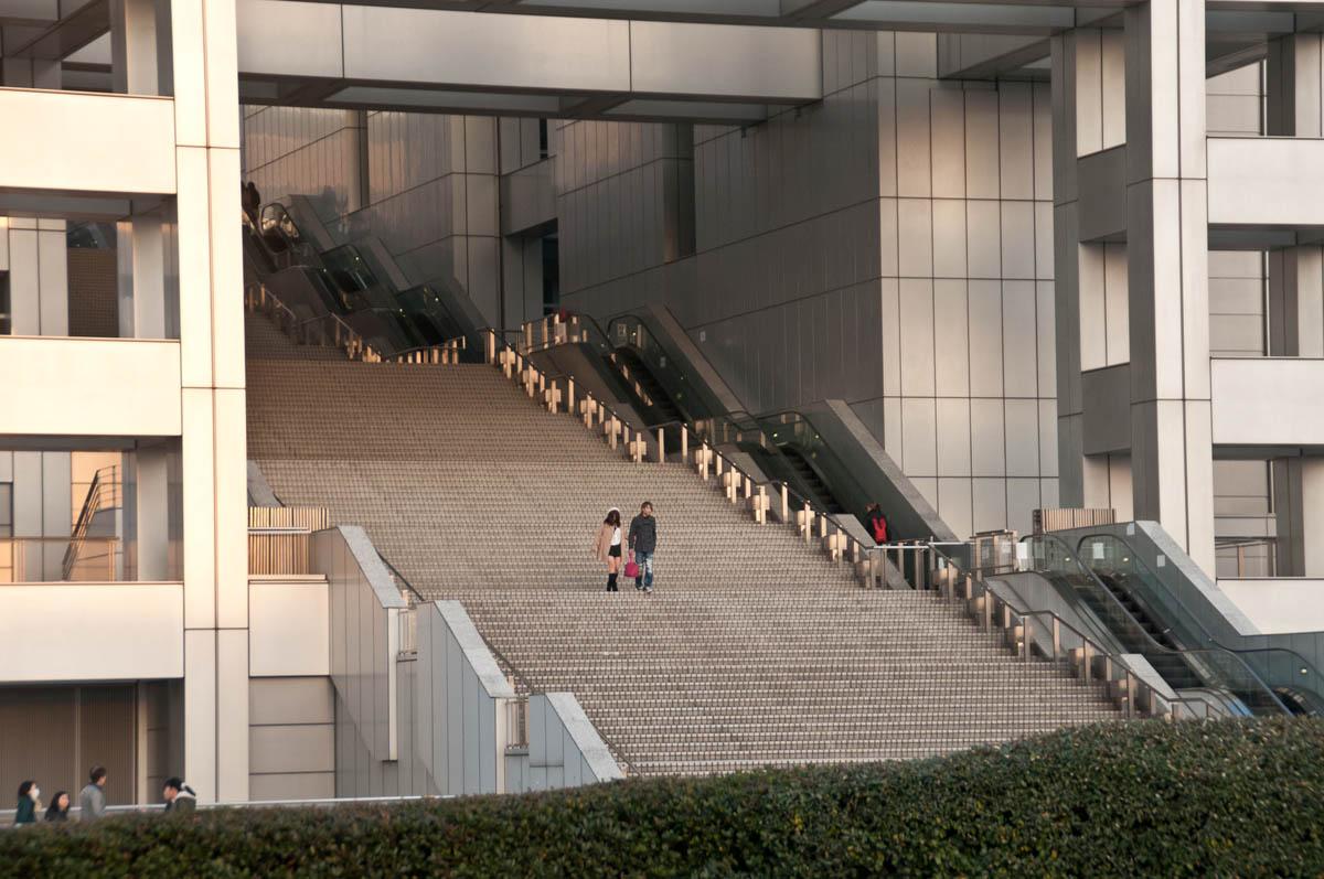 tokyo_odaiba_stairs